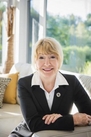 Louise Deschâtelets, porte-parole Mouvement Bouton argenté (Groupe CNW/FADOQ)