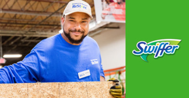A Habitat for Humanity ReStore volunteer, ready to help celebrate the 25th anniversary of ReStore with Swiffer. (CNW Group/Habitat for Humanity Canada)