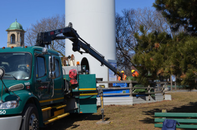 On a windy day, the Ex Place wind turbine stands still. Toronto Hydro crews are replacing the converter in the turbine; it changes mechanical energy into electricity. Constructed in December 2002, the turbine's been a symbol for local, renewable power. Last year, the turbine generated 585,000 kilowatt hours of electricity; a typical home uses approximately 100 kwh/month. (CNW Group/Toronto Hydro Corporation)