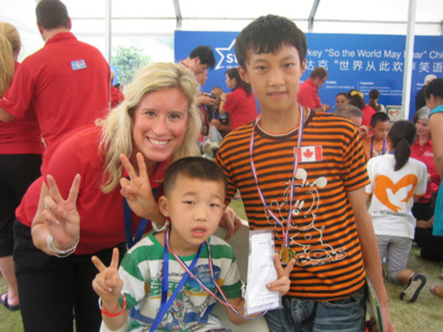 Sheri Vermeulen on the 2012 China mission. (CNW Group/Collingwood and Wasaga Hearing Clinic Inc.)