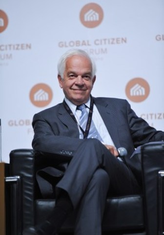 Hon. John McCallum speaking at the Global Citizen Forum in Toronto on October 2, 2014 (CNW Group/Arton Capital)