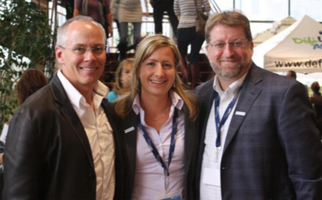 De gauche à droite : Éric Myles, directeur général de Québec en Forme, Émilie Greffe, agente régionale - Laval pour Québec en Forme et coordonnatrice de la journée et Sylvain Deschênes, directeur du secteur de l'accompagnement pour Québec en Forme. (Groupe CNW/QUEBEC EN FORME)