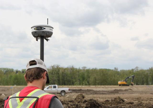 Hemisphere GPS Announces New S320™ GNSS Survey Solution (CNW Group/Hemisphere GPS Inc.)