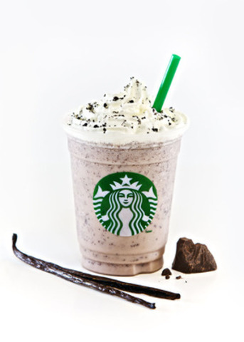 Starbucks® Vanilla Bean Frappuccino® blended beverage with Java Chips, topped with whipped cream and cookie crumble (CNW Group/Starbucks Coffee Company)