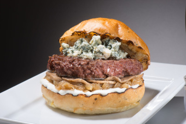 "Chef-inspired gourmet burgers such as the ""Murray Burger"" are now available at Mark McEwan's Nobel Burger Bar in Toronto Pearson's Terminal 3. (CNW Group/Greater Toronto Airports Authority)"