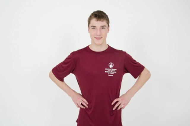 Phillippe, 18 ans, ne devait pas marcher sans assistance et complètera sa deuxième course Spartan le 16 juillet (Groupe CNW/Hôpital Shriners pour enfants)