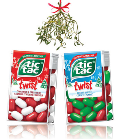 Tic Tac wants to help Canadians keep things fresh under the mistletoe this holiday with the release of their limited-edition Holiday Twist packs in Cinnamon & Fresh Mint and Cherry & Apple. (CNW Group/Ferrero Canada)