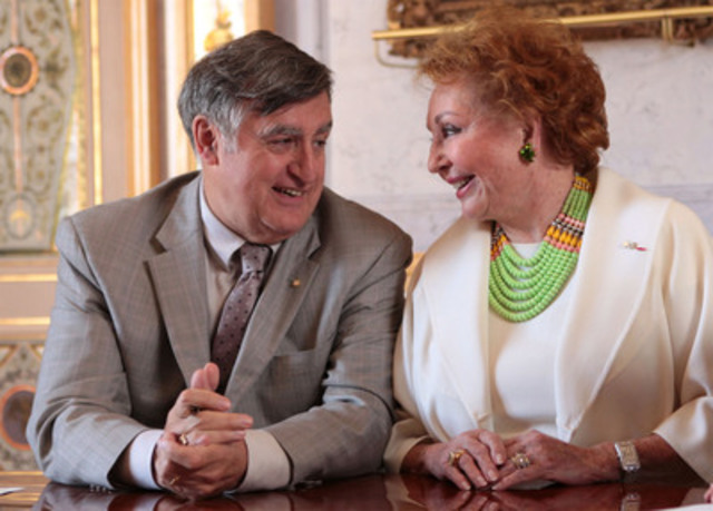 Mr. Lucien Bouchard, Chair of the OSM Board of directors, and Mrs. Jacqueline Desmarais, on the occasion of the signing of the agreement, on July 25. (CNW Group/ORCHESTRE SYMPHONIQUE DE MONTREAL)