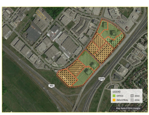 Fengate''s Q1 2016 acquisitions in Oakville include industrial buildings at 2879, 2905, 2951, 2965 Bristol Circle and 2351 Upper Middle Road East, and an office building at 2010 Winston Park Drive. (CNW Group/Fengate Capital Management)