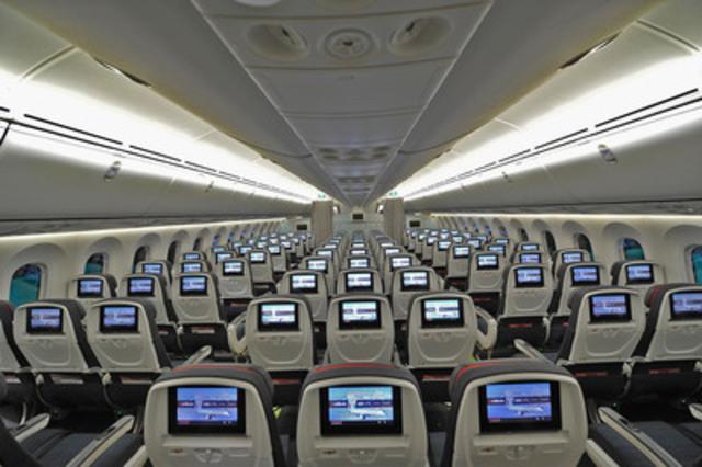 La nouvelle cabine économique d'Air Canada, à bord de l'appareil 787 Dreamliner . (Groupe CNW/Air Canada)