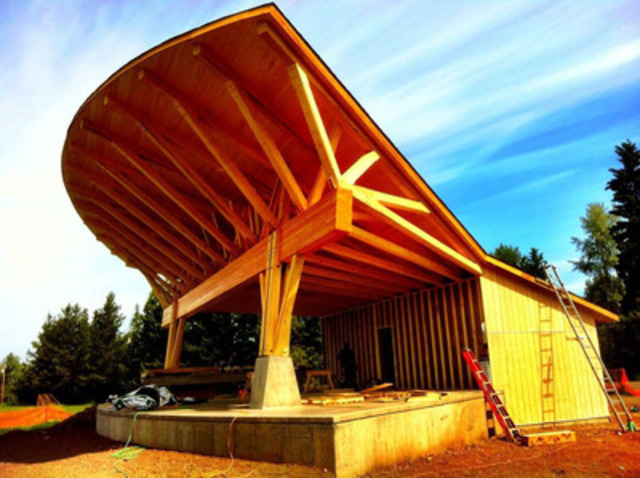 Community Stage, Telkwa, BC (CNW Group/Canadian Wood Council for Wood WORKS! BC)