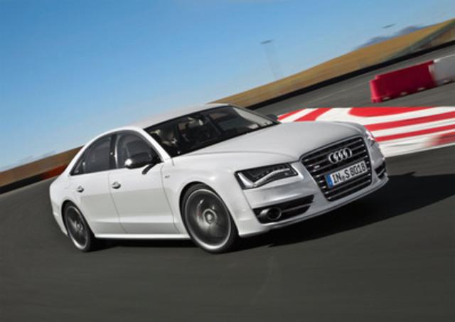 Audi Canada lance le nouveau modèle S8 (Groupe CNW/Audi Canada)