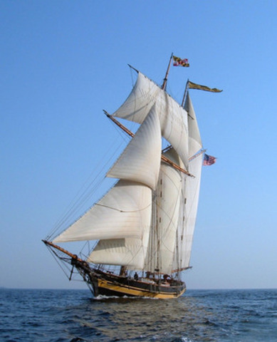 The US Pride of Baltimore II, an 1812-era reproduction of a topsail, privateer schooner will be among the fleet participating in The TALL SHIPS® 1812 Tour presented by Redpath Sugar Produced in partnership with TALL SHIPS CHALLENGE® Great Lakes 2013, the tour launches the Redpath Waterfront Festival, Toronto, June 20-23. It will visit 16 Ontario ports this summer. (CNW Group/Ontario Tourism Marketing Partnership Corporation)