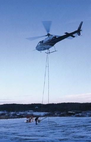 Transport de matériel en exploration (Groupe CNW/Association de l'exploration minière du Québec (AEMQ))