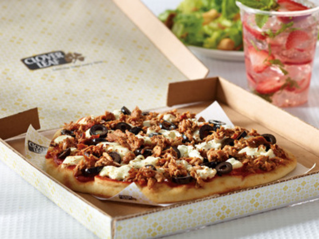 Clover Leaf(R) Personal Naan Pizza (CNW Group/Clover Leaf Seafoods)