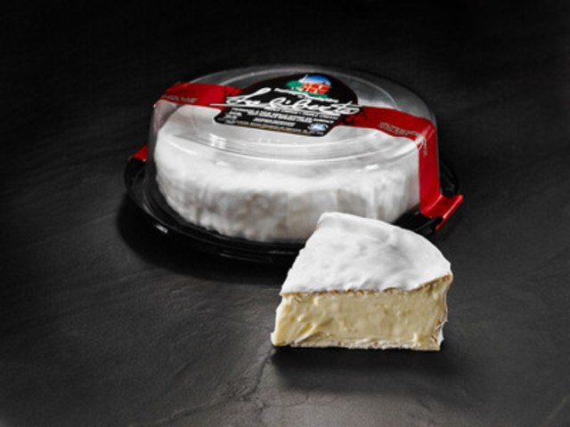 Fromagerie du Presbytère's Laliberté was crowned Grand Champion at the 2015 Canadian Cheese Grand Prix, hosted by Dairy Farmers of Canada. (CNW Group/Dairy Farmers of Canada (DFC))