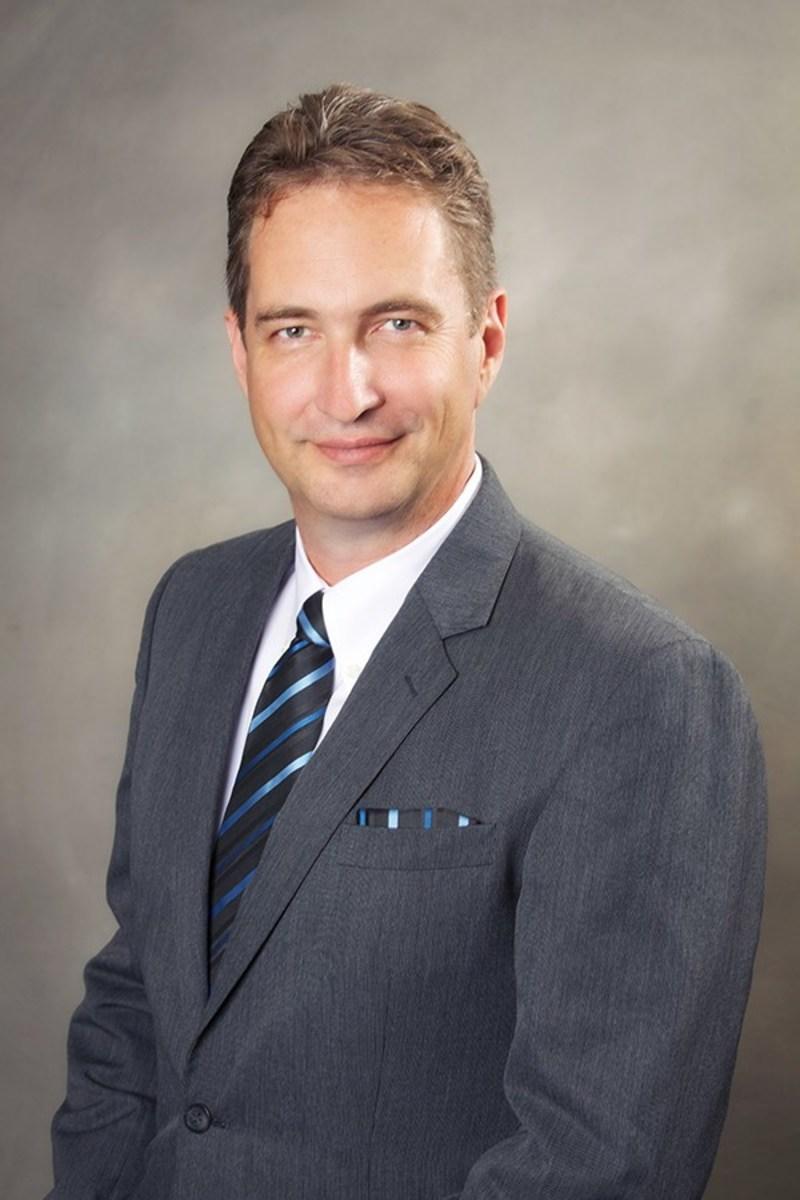 jack carlisle cio essay Jack smith (c): becoming a toyota manager (ii) case analysis, jack smith (c): corporate governance: the jack wright series 1-jack wright director jack carlisle cio.