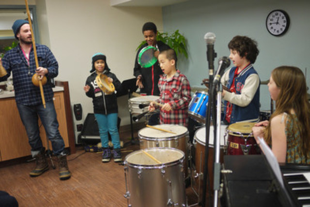 Dixon Hall Music School student rehearsal (CNW Group/Dixon Hall Neighbourhood Services)