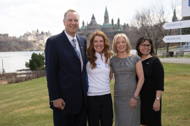 George Cope, President and CEO of Bell, Clara Hughes, national spokesperson for Bell Let's Talk, Stephanie Richardson, DIFD and, The Honourable Leona Aglukkaq, Minister of Health at the launch of Clara's Big Ride for Bell Let's Talk in Gatineau. (CNW Group/Bell Canada)