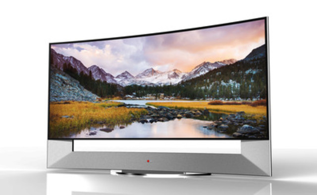 LG TO UNVEIL WORLD'S FIRST 105-INCH CURVED ULTRA HD TV AT CES 2014 (CNW Group/LG Electronics Canada, Inc.)