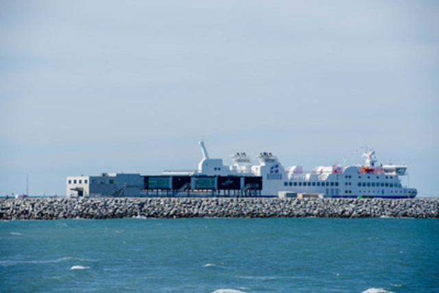Le NM F.-A.-Gauthier aux abords du port de Matane (Groupe CNW/Société des traversiers du Québec)