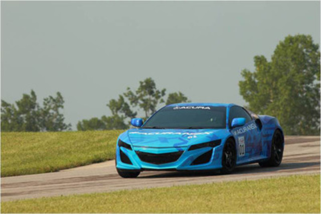 Acura NSX Prototype to break cover just prior to the Honda Indy 200 IndyCar race at Mid-Ohio Raceway in Lexington, Ohio on August 4, 2013. (CNW Group/Acura Canada)