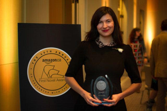 Mona Awad, Winner of the 2016 Amazon.ca First Novel Award (CNW Group/Amazon.ca)