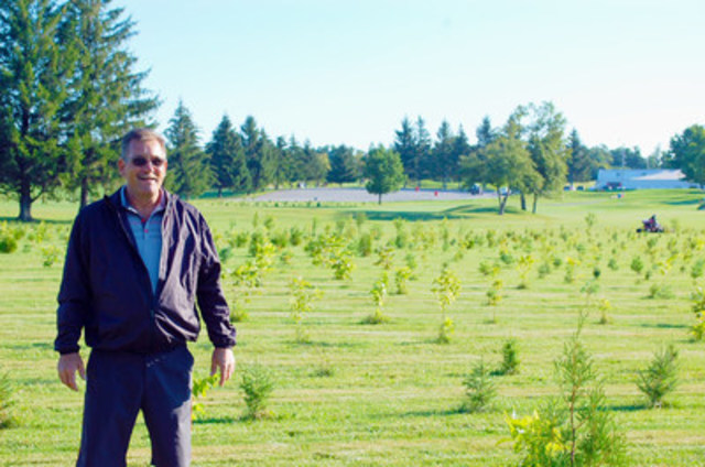 Forests Ontario's Green Leader Brad Bunkowsky on his property, Burlington Springs Golf & Country Club, in Burlington, Ontario. (CNW Group/Forests Ontario)