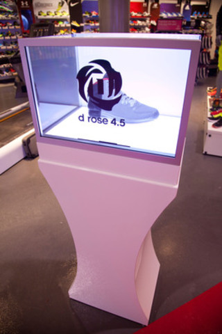 Revolutionizing Product Showcases in retail, Sport Chek is using transparent display boxes to showcase their newly launched product, while gaining knowledge from the digitally overlaid content. (CNW Group/FGL Sports Ltd.)