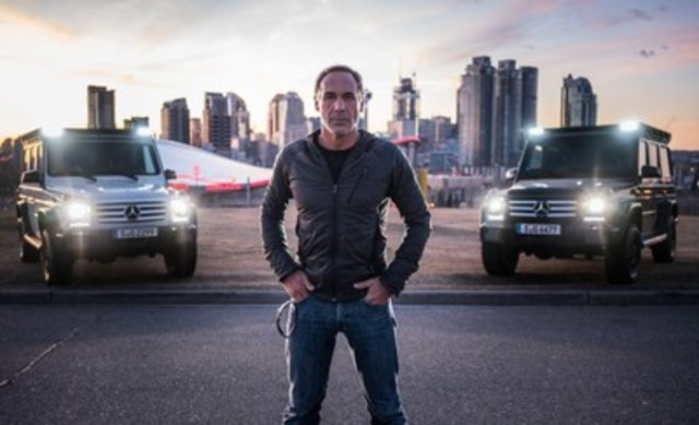 """Extreme athlete and adventurer Mike Horn traveled from Calgary to Jasper (Alberta, Canada) and back to test the two G-Class SUVs he will be using during the """"Pole2Pole"""" expedition, during which he will circumnavigate the globe via the two poles. (CNW Group/Mercedes-Benz Canada Inc.)"""
