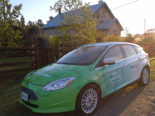 Bruce Power has installed electric vehicle charging stations at its Visitors' Centre near Tiverton, ON, and in Port Elgin, Southampton and Wroxeter. Further stations are planned for Kincardine, Sauble Beach and Owen Sound in the coming months. Learn more by downloading Bruce Power's iPad App at www.brucepowerapp.com. (CNW Group/Bruce Power)