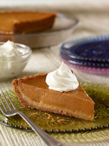 Udi's gluten-Free Snickerdoodle Pumpkin Pie (CNW Group/Udi's Healthy Foods LLC)
