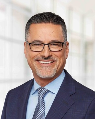 Le président d'une société Fortune 100 se joint à un leader du marché en matière de capacités de ventes (Groupe CNW/Optimé)
