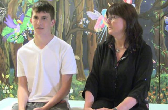Vidéo : Mackenzie Cave,17 ans