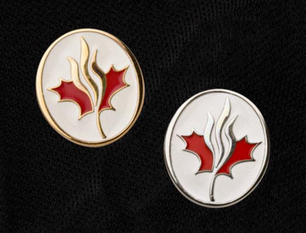 Cinq éminents chefs d'entreprise seront intronisés comme Compagnons de l'Ordre du Temple de la renommée de l'entreprise canadienne par le chancelier, M. L.R. Wilson, lors du dîner de gala annuel de la 38e cérémonie d'intronisation dans l'Ordre du Temple de la renommée de l'entreprise canadienne. (Groupe CNW/Jeunes Entreprises du Canada)