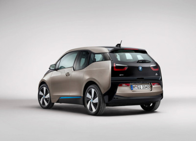 Magna's collaboratively designed liftgate achieves the BMW i brand appearance and vehicle mass requirements through the use of a lightweight composite structure which integrates multiple functional systems. (Photo courtesy of the BMW Group) (CNW Group/Magna International Inc.)
