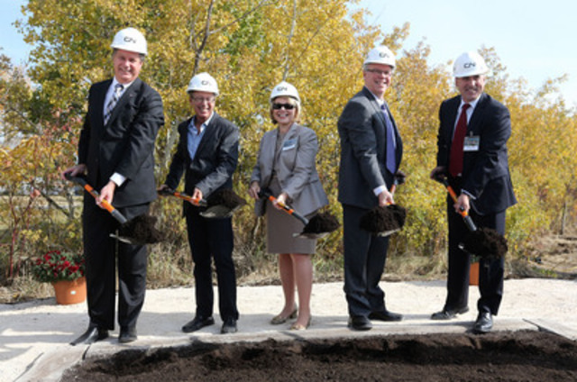 MP Lawrence Toet, Winnipeg Mayor Sam Katz, CN's Human Resources VP Kim Madigan, Manitoba Premier Greg Selinger, and CN's Safety and Sustainability VP John Orr, at the groudbreaking ceremony of the new CN training facility in Winnipeg. (CNW Group/CN)