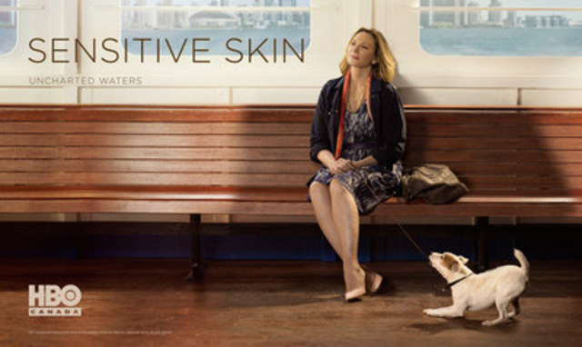 Kim Cattrall in key art for SENSITIVE SKIN Season 2 (CNW Group/HBO CANADA)