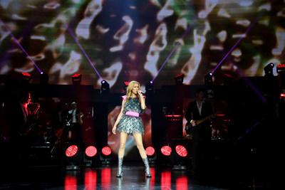 Céline Dion dazzles in Schiaparelli Haute Couture