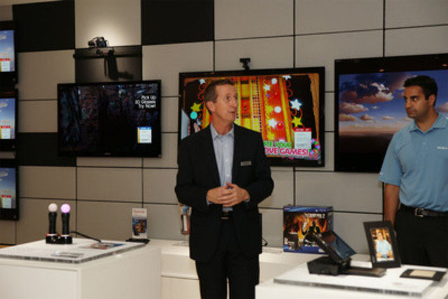 Robin Powell, Vice President Retail, Sony Canada, prepares for Grand Opening of the Upper Canada Mall Sony Store (CNW Group/Sony of Canada Ltd.)
