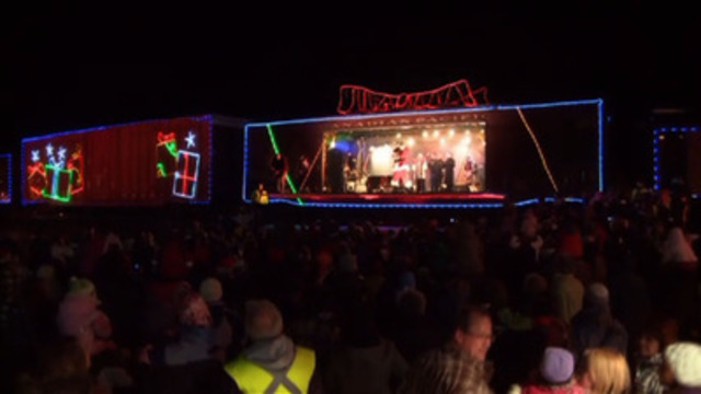 2011 CP Holiday Train - Making a difference, one stop at a time