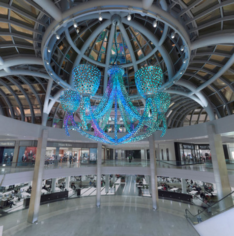 Today, Square One Shopping Centre unveiled 40 foot public art installation, Lambent, created by award winning artists Daniel Young and Christian Giroux. (CNW Group/Square One Shopping Centre)