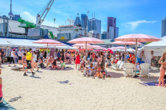 The Redpath Waterfront Festival, June 19-21 is proud to partner with the Toronto Wine & Spirit Festival at Sugar Beach.  Catch some sun and fun along the 2 km revitalized Queen Quay, the first weekend of the summer.  (CNW Group/Redpath Waterfront Festival)