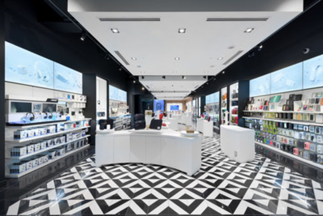 Canadian digital fashion and lifestyle brand iStore officially unveiled its first Toronto and Edmonton locations at Scarborough Town Centre and West Edmonton Mall today as part of its expansion plans across Canada. (CNW Group/iStore)