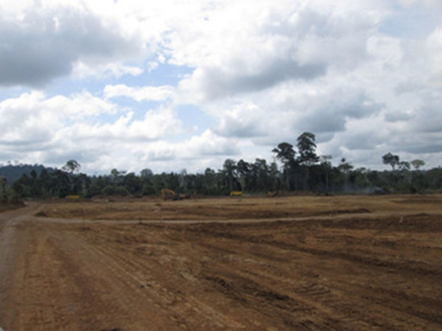 Clearing for Agbaou Process Plant, September 2012 (CNW Group/Endeavour Mining Corporation)