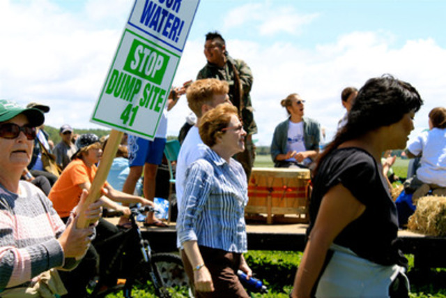 Water on the Table - Maude Barlow (centre) marching in demonstration in Simcoe County, Ontario (CNW Group/TVO)
