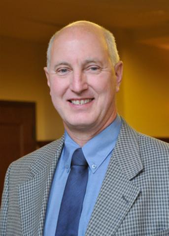 M. Alain Turgeon - Entreprise A.R. Turgeon inc. (région de l'Estrie) Président de La Garantie rénovation de l'APCHQ (Groupe CNW/ASSOCIATION PROVINCIALE DES CONSTRUCTEURS D'HABITATIONS DU QUEBEC (APCHQ))