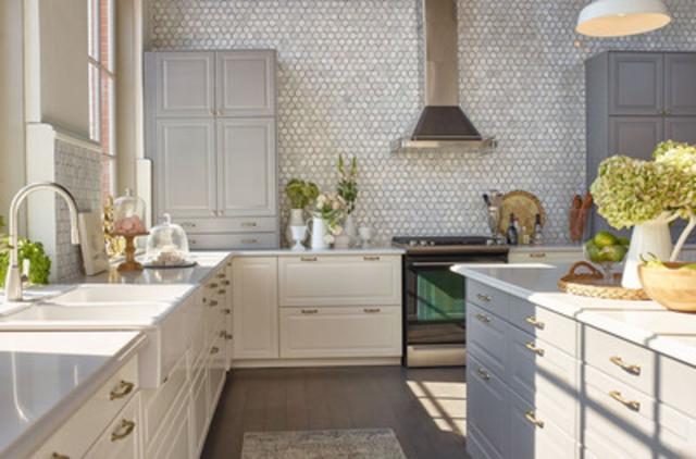 Nouvelle cuisine IKEA SEKTION conçue pour Jillian Harris à la House of Kitchens d'IKEA (Groupe CNW/IKEA Canada)