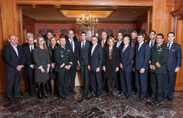 The Honourable Steven Blaney, Minister of Veterans Affairs, with members of the Veterans Transition Advisory Council at the inaugural meeting (CNW Group/Veterans Affairs Canada)