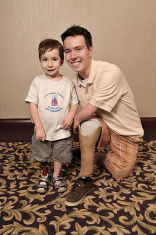 Alex and Zac, two members of the War Amps Child Amputee (CHAMP) Program. (CNW Group/War Amps)